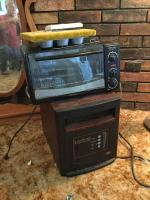 Heater and microwave oven