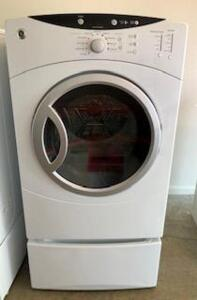 GE Electric Front Load Dryer purchased new in 2016  Works good!