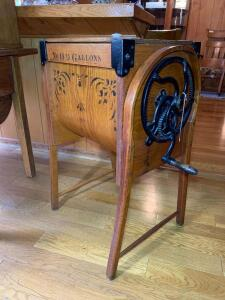 M. Brown & Co. Bentwood #0 9 gallon Wood Churn