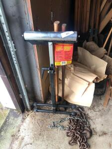 Material handler and two sledge hammers, chains