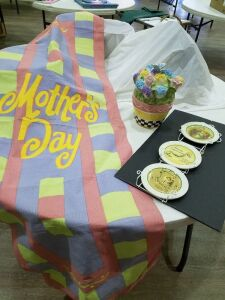 "Easter 6"" Plates w/hanger/ cookie jar/Mother's Day flag"