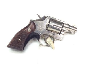 "Smith & Wesson Pre model 10 2""         38  353880 Serial Number"