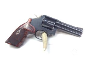 "Smith & Wesson 581 4"" 357 Mag L frame C18-339XX Serial Number"