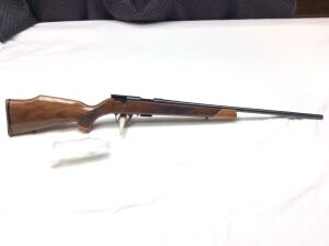 "Weatherby Mark XXII Deluxe 23"" 17 HMR  AS006246 Serial Number"