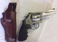Smith and Wesson M29 STAINLESS 44 Magnum