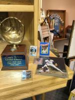 Frank White Gold Glove, autographed baseball card.